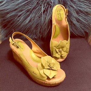 B.O.C Green Flower Wedges